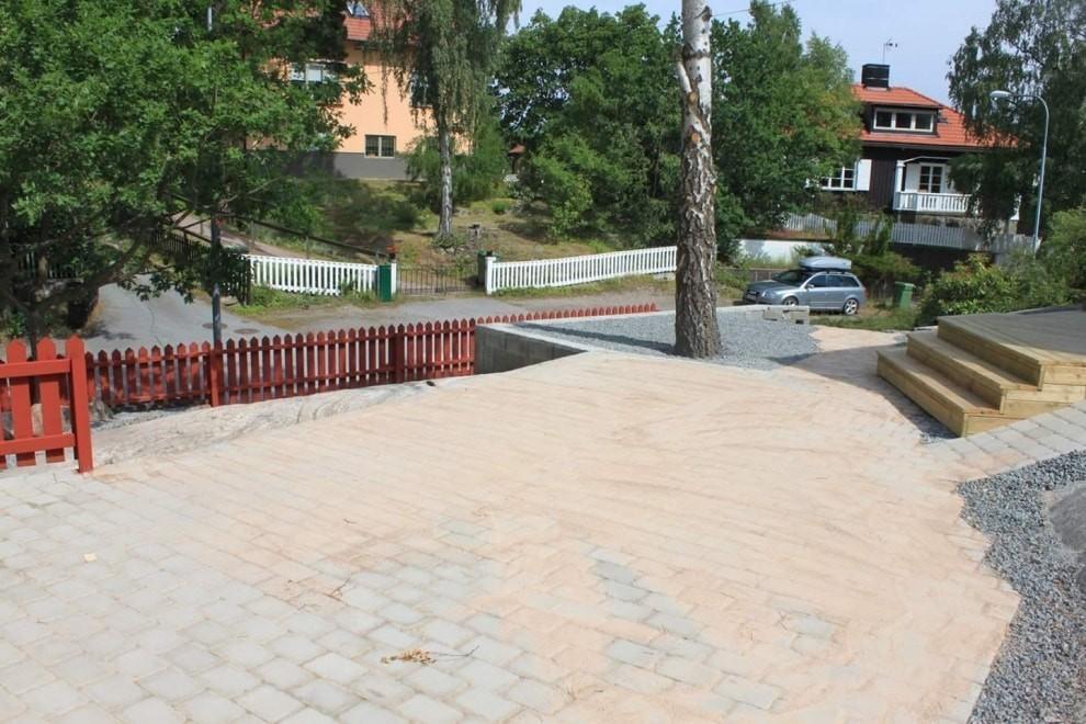 FB IMG 1462260948716 990x660 - Bygga förråd och staket , alla typer av markarbete , trädgård skötsel